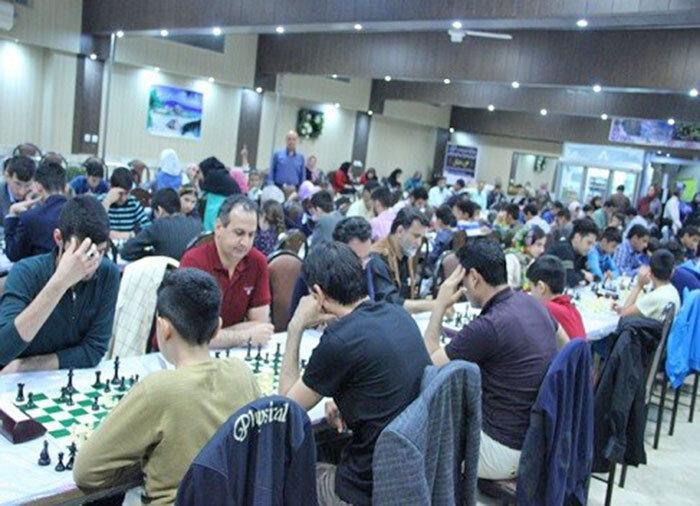 نیما حسین زاده قهرمان شطرنج برق آسای جام خاوران 5 شد