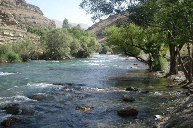 خبرنگاران جوان 33 ساله در رودخانه ارمند لردگان غرق شد