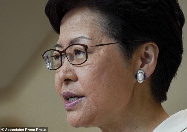 رئیس اجرایی هنگ کنگ: معترضان تبدیل به دشمن مردم شده اند