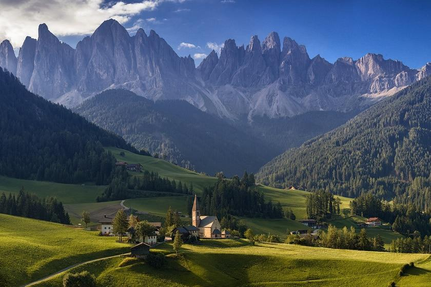 دولومیت؛ سرزمینی از رشته کوه های آلپ در ایتالیا