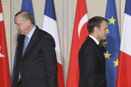 اردوغان خطاب به ماکرون: چک کن، خودت مرگ مغزی نشده باشی!