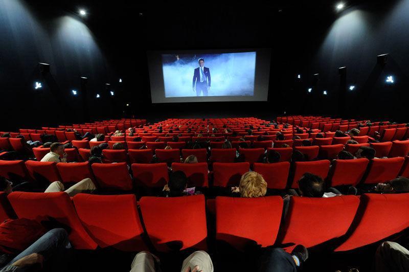 تنه بورس به تنه سینما هم خورد !