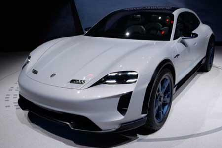 عرضه دومین خودروی برقی پورشه سال 2021