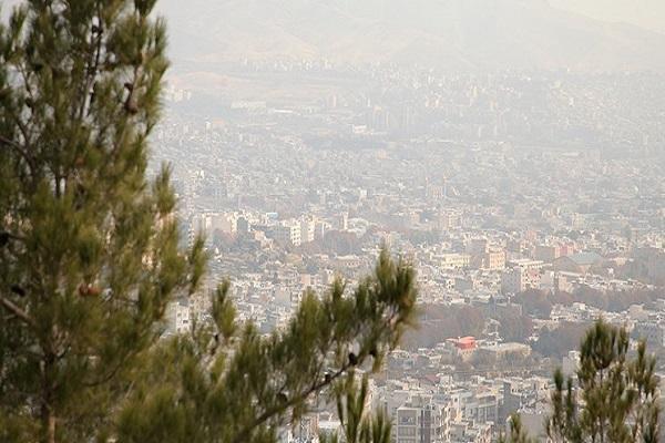 هوای تهران در مرز آلودگی، دمای هوای پایتخت کاهش یافت
