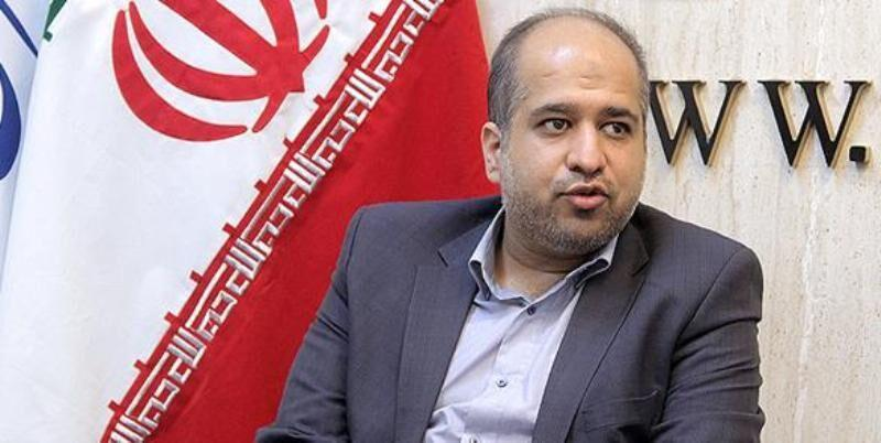 خبرنگاران نماینده مردم تهران بر اهمیت تشکیل ارتش بهداشت و درمان تاکید کرد