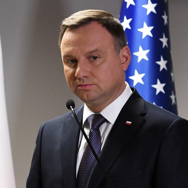 رئیس جمهور لهستان هم به کرونا مبتلا شد
