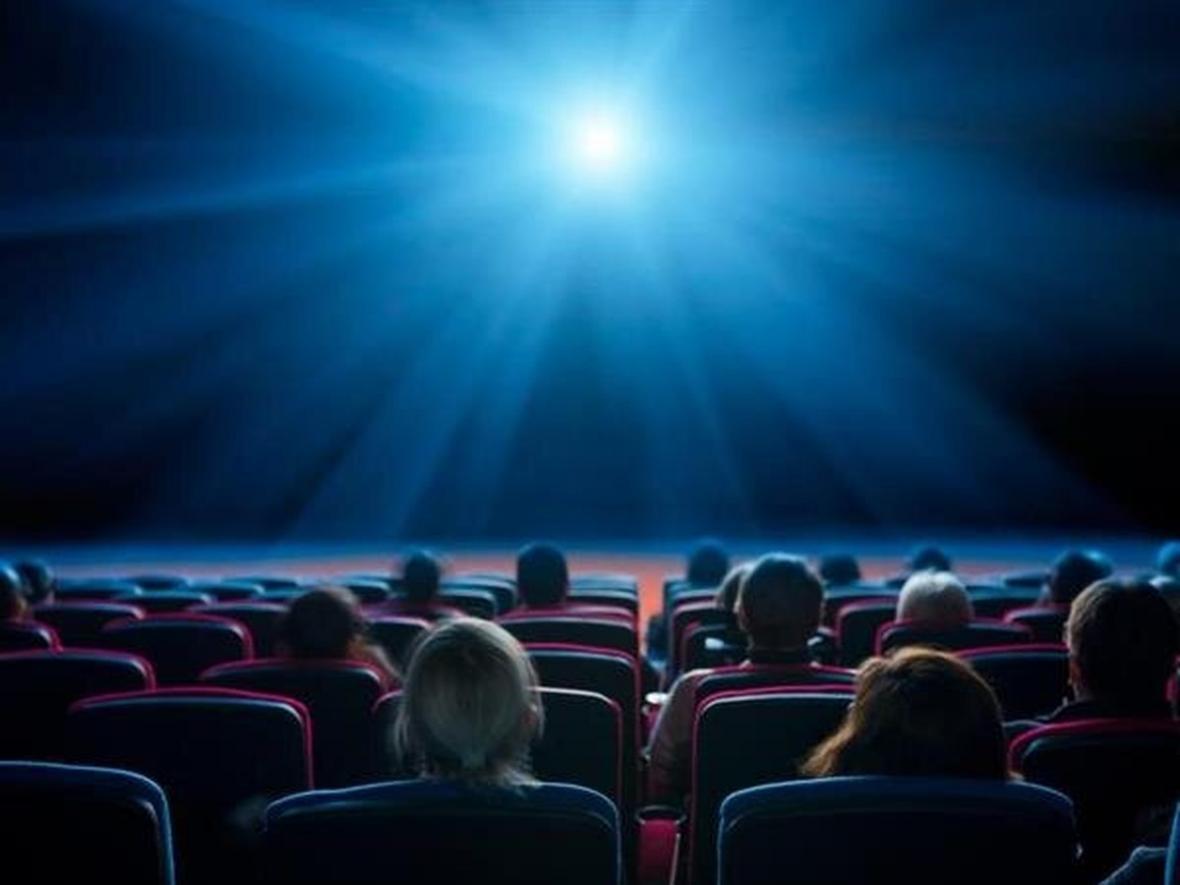 بازگشایی سالن های سینما و تئاتر از 20 آبان تا ساعت 18