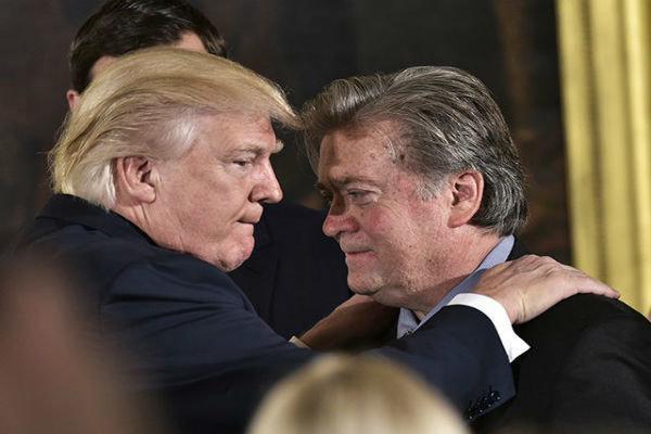 ترامپ 3 نفر از نزدیکان خود را عفو می نماید