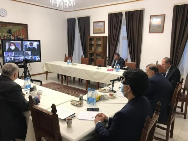 تاکید ایران و روسیه بر همکاری مشترک در زمینه فراوری خودرو،هواپیما، بالگرد و کشتی سازی