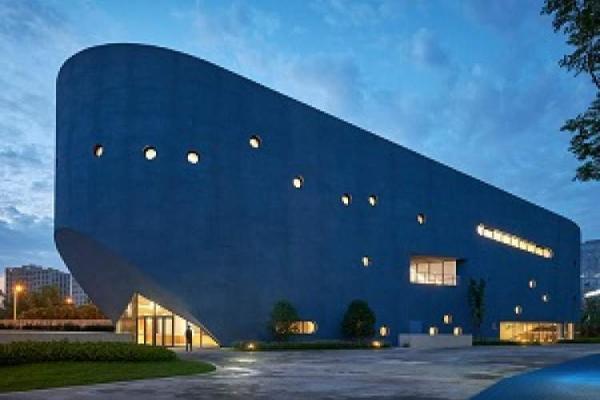 احداث یک کتابخانه سینمایی در چین برای بچه ها به شکل یک نهنگ غول پیکر