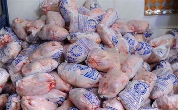 فراوری روزانه 7700 تن مرغ در کشور بیش از احتیاج مصرفی