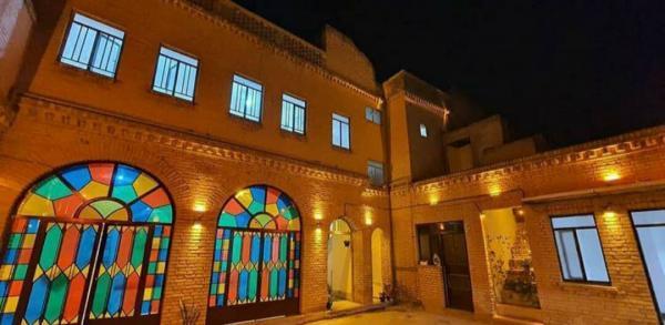 خبرنگاران خانه تاریخی صنیعی دزفول به اقامتگاه سنتی تبدیل می گردد