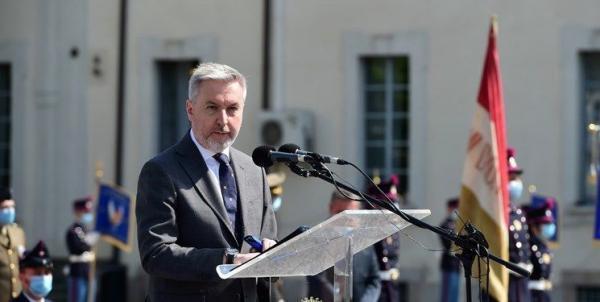 خبر وزیر دفاع ایتالیا از یوستن به ائتلاف دریایی اروپا در تنگه هرمز